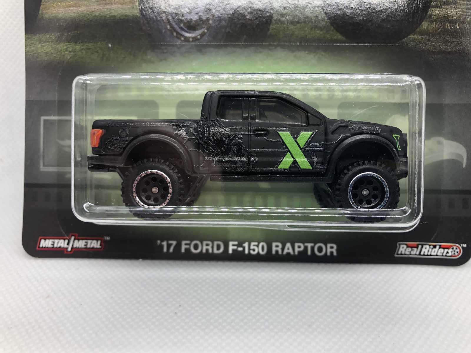 17 Ford F-150 Raptor