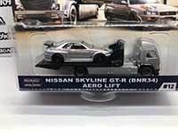 Aero Lift & Nissan Skyline GT-R (BNR34)