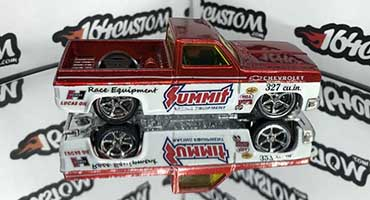 Forest lake Toy Show - 164 customs
